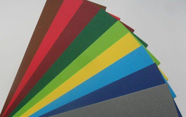 kartony barwione w masie Clarito